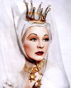 "Vivien Leighas Lady Anne in ""Richard III"" 1948    Wow"