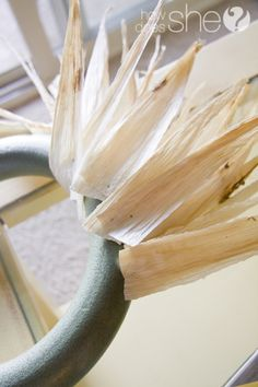 Corn Husk Wreath Tutorial