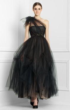 Black tulle. *sigh*