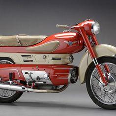 Aermacchi - Chimera 250 Antique Motorcycles, Concept Motorcycles, American Motorcycles, Cars And Motorcycles, Vespa Motorbike, Motorcycle Art, Vintage Go Karts, Vw Wagon, Motorised Bike