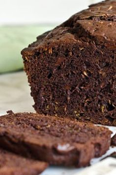 Chocolate zucchini bread is the perfect way to use up any extra zucchini bread you have laying around!  #zucchinibread  #easydessert #quickdessert #mothersdayrecipe #chocolatezucchinibread #chocolatezucchinibreadwasabighit #chocolatezucchinibreadrecipe #chocolatezucchinibreadicecream #chocolatezucchinibreadofdoom #chocolatezucchinibreadforsale #chocolatezucchinibreakfastbake #chocolatezucchinibreadglutenfree Chocolate Zucchini Bread, Zucchini Bread Recipes, Chocolate Chips, White Chocolate, Cake Chocolate, Breakfast And Brunch, Dessert Cake Recipes, No Bake Desserts, Delicious Chocolate