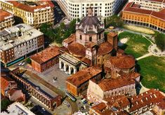 Basilica of San Lorenzo is one of the oldest and most important Catholic churches in Milan and one of the most visited landmarks. Milan Design, Roman Empire, Big Ben, Places Ive Been, Amsterdam, The Good Place, Architecture Design, Colorado, House Styles
