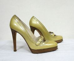 DOLCE&GABBANA Gold Yellow Leather Closed Toe Mary Jane Pumps Heels EU37 US7 UK5 #DolceGabbana #MaryJanes