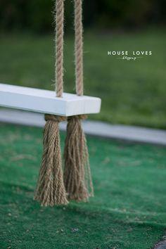 Huśtawka Ogrodowa (Nie Tylko dla Dziecka) - DIY - — HOUSE LOVES Garden Swing Seat, Backyard Swings, Fire Pit Patio, 40th Birthday, Store Design, Outdoor Furniture, Outdoor Decor, Panel Walls, Gardening