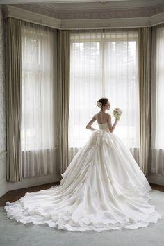 世界で1着、ラグジュアリースタイルのウェディングドレス