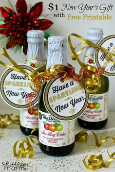 "Ideas -- 20 New Year's Eve Ideas! ""Have a Sparkling New Year"" bottle tags. Great for sparkling cider or mini champagne bottles""Have a Sparkling New Year"" bottle tags. Great for sparkling cider or mini champagne bottles Neighbor Christmas Gifts, Neighbor Gifts, Christmas Ideas, Xmas, Office Christmas Gifts, Small Christmas Gifts, Christmas Decorations, Office Gifts, Holiday Ideas"