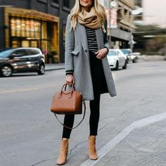 Well, winter probably is the hardest season to wear a good work outfit. However, do not worry as these work outfit ideas will help to make you stylish all day long. It can also help to charm your coworker. Stylish Winter Outfits, Winter Outfits For Work, Winter Outfits Women, Winter Fashion Outfits, Look Fashion, Fall Outfits, Womens Fashion, Work Outfits, Winter Clothes