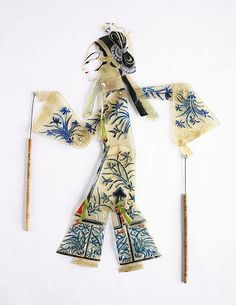 The Childrens Museum of Indianapolis - Han shadow puppet - Shadow play - Wikipedia, the free encyclopedia Chinese Style, Chinese Art, Chinese Theme, Le Sphinx, Puppet Show, Puppet Theatre, Shadow Theatre, Chinese Opera, Caran D'ache