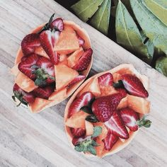 Image discovered by alisiya alien♡. Find images and videos about food, yummy and healthy on We Heart It - the app to get lost in what you love. Food Porn, Tumblr Food, Tumblr Fruit, Healthy Food Tumblr, Aesthetic Food, Food Inspiration, Love Food, The Best, Healthy Snacks
