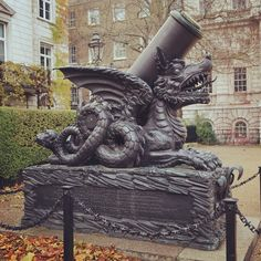 Cadiz Monument, Horse Guard Parade, London