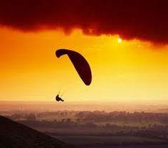 I've gotta do this Sky Gliding before I die!