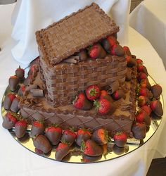 chocalate strawberries cake