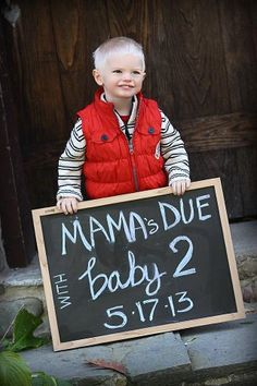 "Sarah's little man Landon ... announcing the wonderful news ... ""I'm going to be a big brother!"""