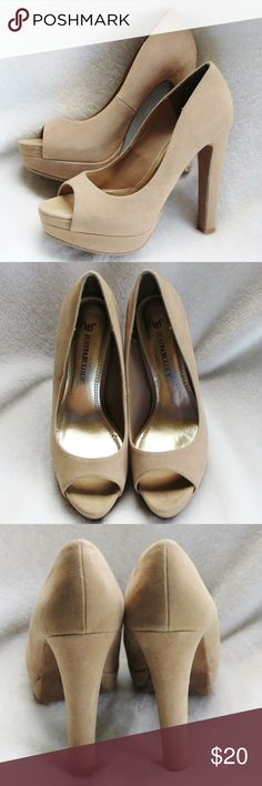 JUSTFABULOUS - Tan Suede Peep Toe Platform - Sz. 8 These shoes were very gently loved. They are in excellent condition.  The heel measures a little over 5 1/2 inches.  The platform in front measures 1 inch.  There are no flaws or spots on them. JustFab Shoes Platforms