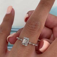 Elegant Engagement Rings, Engagement Ring Cuts, Emerald Cut Diamond Engagement Ring, Classic Wedding Rings, Wedding Rings For Women, Emerald Cut Rings, Diamond Rings, Emerald Cut Diamonds, Accesorios Casual