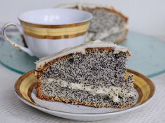poppyseed cake!! well cake for breakfast of course...