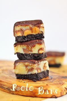 Ooey gooey chocolate caramel rolo bars