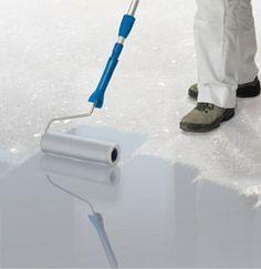 Polycoat Betonverf / Vloercoating is een hoogwaardige betonverf voor steenachtige ondergronden, zoals betonvloeren.