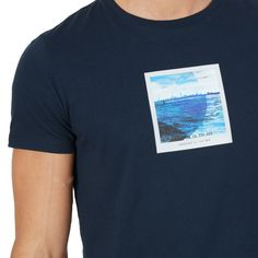 NAUTICA | This cotton graphic tee will be your new go-to thanks to its soft feel and cool slim fit. #vermontfashion