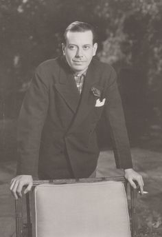 Cole Porter page.png (300×438)