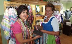 Traditioneller Stoffdruck mit belebtem Wasser Austria, Sari, Fashion, Aquarius, Traditional, Printing, Saree, Moda, Fashion Styles