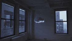 Original lámpara que simula el efecto de una tormenta.