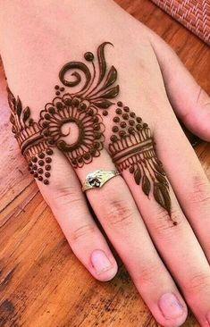 Henna Hand Designs, Dulhan Mehndi Designs, Mehandi Designs, Latest Finger Mehndi Designs, Arte Mehndi, Floral Henna Designs, Simple Arabic Mehndi Designs, Mehndi Designs Book, Mehndi Designs For Beginners