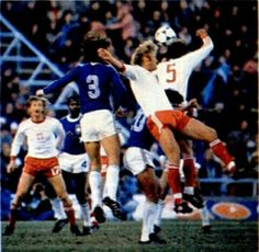 Brazil 3 Poland 1 in 1978 in Mendoza. Roberto Dinamite gets on the end of this cross to make it 2-1 to Brazil on 58 minutes in Round 2, Group B at the World Cup Finals.