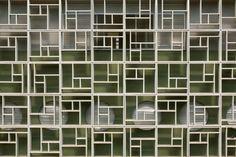 Tiradentes City Hospital facade in São Paulo, Brazil, by  Borelli Merigo Arquitetura e Urbanismo e Walter Makhoh