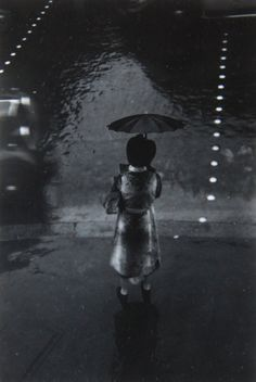 Brassaï. Rue de Rivoli, Paris, 1937. S)
