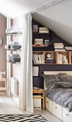 cozy-little-attic-bedroom-suitable-for-a-teenager.jpg cozy-little-attic-bedroom-suitable-for-a-teenager.jpg Source by epricewright The post cozy-little-attic-bedroom-suitable-for-a-teenager.jpg appeared first on Susannah Kenny Interiors. Deco Studio, Studio Apt, Sweet Home, Small Bedroom Designs, Small Bedrooms, Small Bedroom Decor On A Budget, Budget Bedroom, Design Bedroom, Attic Rooms