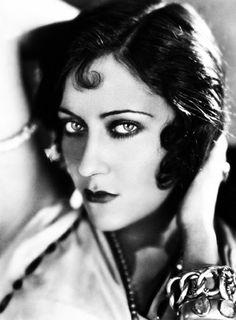 Gloria Swanson 1928