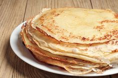 Recettes de Paul Bocuse : the best recipes by Paul Bocuse How To Make Pancakes, Pancakes And Waffles, Allergies Alimentaires, Low Carb Recipes, Healthy Recipes, I Chef, Ukrainian Recipes, Crepe Recipes, Low Carb Diet