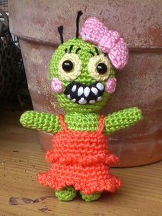"Original pinner said, ""Zombie Girl  free crochet pattern by Kerstin Batz"