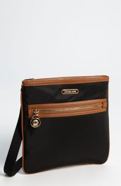gemoutlook.com offers a real remarkable range of excellent leather suitcases. search for fantastic top quality bags right now and get free postage