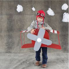 cutest little boy costume 10 DIY Halloween Costumes You Can Make with Supplies You Already Have Halloween Costumes You Can Make, Boxing Halloween Costume, Costume Halloween, Cute Costumes, Holidays Halloween, Halloween Kids, Halloween Decorations, Airplane Costume, Carnaval Costume