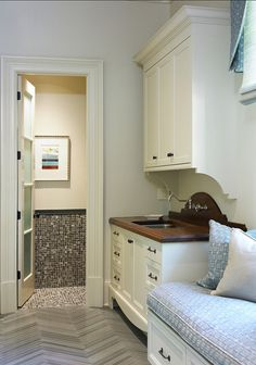 Mudroom on pinterest mud rooms dog wash and cubbies for Mudroom sink ideas