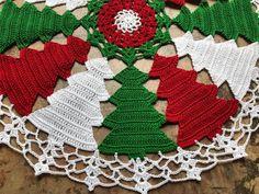 Crochet Tree, Crochet Christmas Trees, Christmas Crochet Patterns, Christmas Poinsettia, Holiday Crochet, Crochet Quilt, Colorful Christmas Tree, Crochet Doily Patterns, Christmas Bells