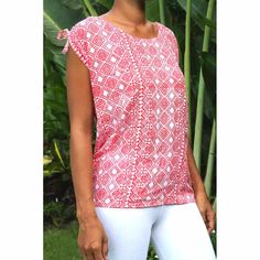Top Lisa - Woman Summer printed rayon - Tiki Red Coral Top by CintaTomato on Etsy