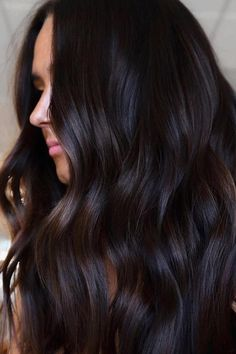 Cherry Cola Hair Color, Hair Color Dark, Hair Color For Black Hair, Brown Hair Colors, Dark Hair Style, Winter Hair Colors, Dark Chocolate Hair Color, Hair Colour, Brown Hair Balayage