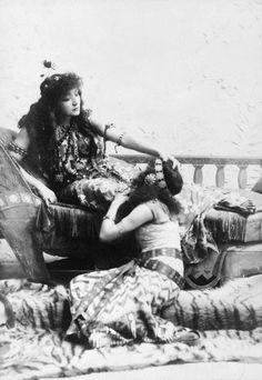 Sarah Bernhardt (1844-1923) by Napoleon Sarony (1821-1896)