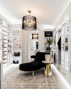 Dream House Interior, Dream Home Design, House Design, Modern Interior, Home Interior Design, California Closets, Dream Apartment, Living Styles, Closet Designs