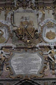 Grabmal in der Hermannstaedter Kathedrale (Foto © Norbert Eisner) Cathedral, Statue, Art, Travel, Art Background, Kunst, Sculpture, Cathedrals, Sculptures