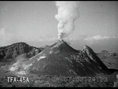 Amazing newsreel footage of the eruption Of Mt Vesuvius from 18-23 March 1944 - YouTube.