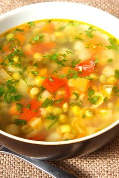 Lose weight with the miracle Abnehmen mit der Wundersuppe Miracle Soup: Weight Loss Recipe – Diet & Weight Loss – bildderfrau. Weight Loss Meals, Healthy Recipes For Weight Loss, Easy Healthy Recipes, Easy Meals, Healthy Soup, Diet And Nutrition, Menu Dieta Paleo, Beef Recipes, Chicken Recipes