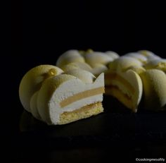 Nuvola limone e mango · Cooking me softly Entremet Recipe, Sweet Recipes, Cake Recipes, Patisserie Design, Blackberry Cake, Lemon Mousse, Modern Cakes, Elegant Desserts, Cake & Co