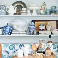 Timeless Pairings: China Blue and White (via Rue Mag)