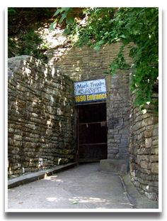 Mark Twain Cave, Hannibal, Missouri - definitely the cause of my obsession with caves... Missouri has tons of caves!