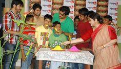 Anuradha Roy & Koushik Sen of Janani celebrating Holi with the underpriveldged children of Mukti Rehabilitation Centre