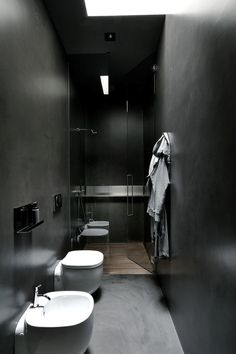 This room is not an actual physical representation nor is it supposed to be simlar to the Featherston House bathroom. This picture is supposed to show the special quality and lighting in a room where there is no natural daylight.